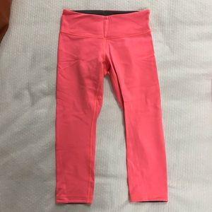 Reversible lululemon crop pants